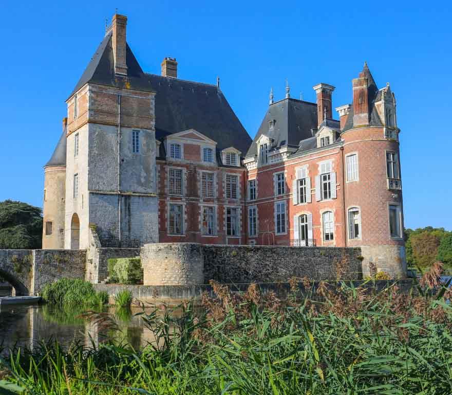 Le château de La Bussière