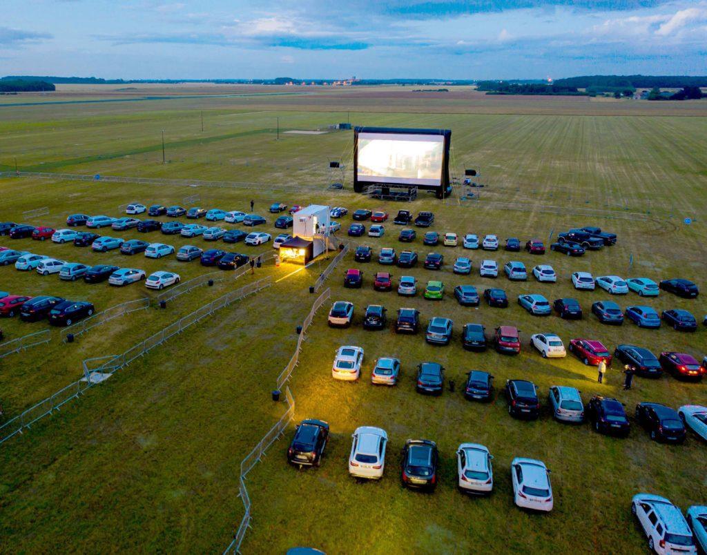 Le cinéma… dans sa voiture !
